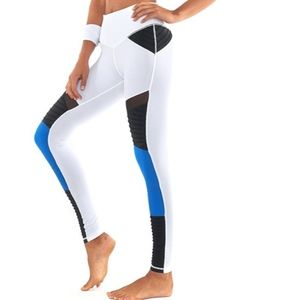 L'URV Shake Your Booty Legging XS